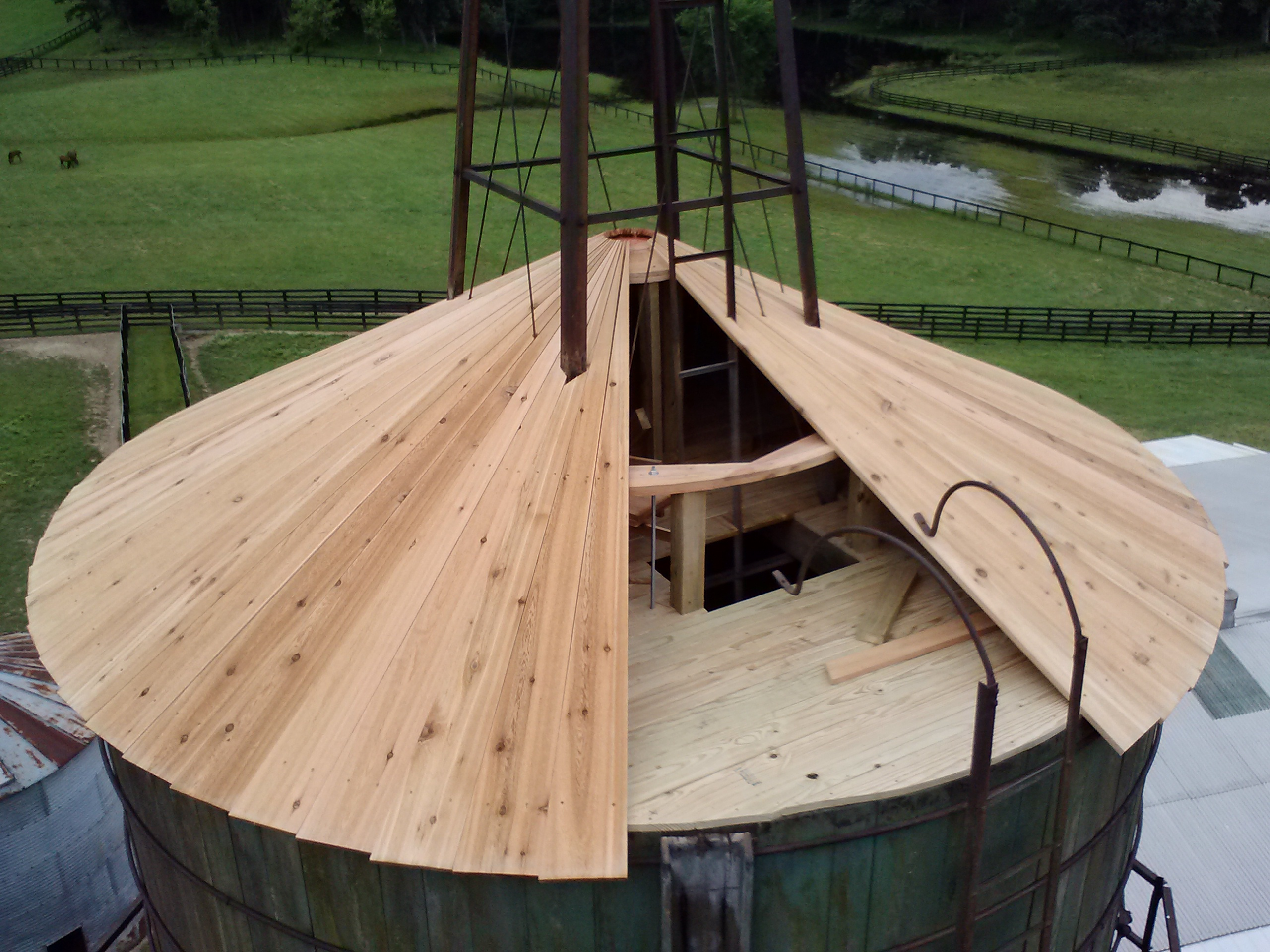 RJ's new cedar roof and tank top